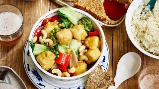VEGAN CHINESE FOOD. vegan 'prawn' toasts & crispy lemon tofu