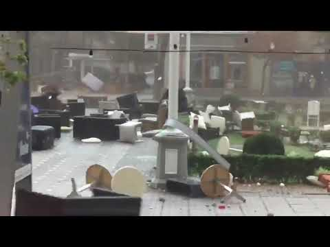Winds From Romanian Storms Knock Down Chairs in Timișoara