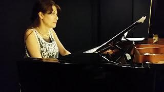 秋の空にピッタリの曲です。 あざみ野 ピアノ教室 たまプラーザ ピアノ...
