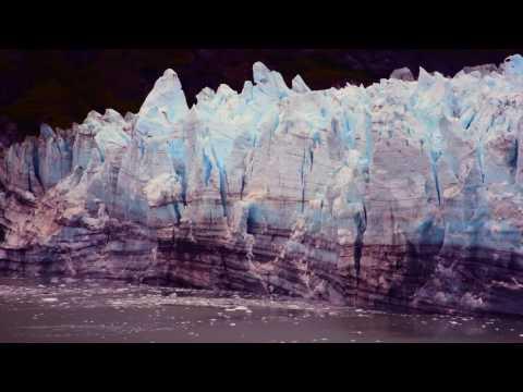 Alaska Margerie Glacier Ice Fall - (1.33par Export)