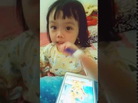 Aurellia is singing Hafizah Song