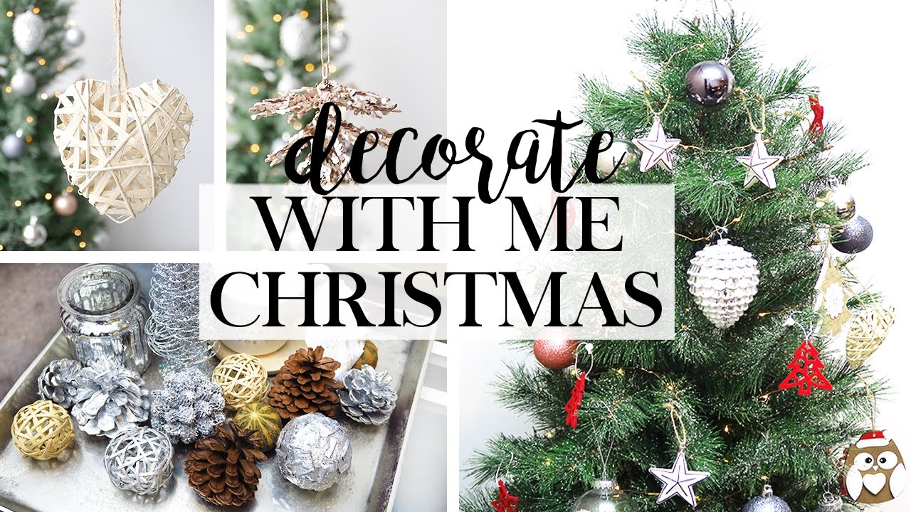 How To Decorate With Pictures: Decorate With Me For Christmas