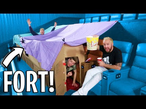 MOVIE THEATER BLANKET FORT!