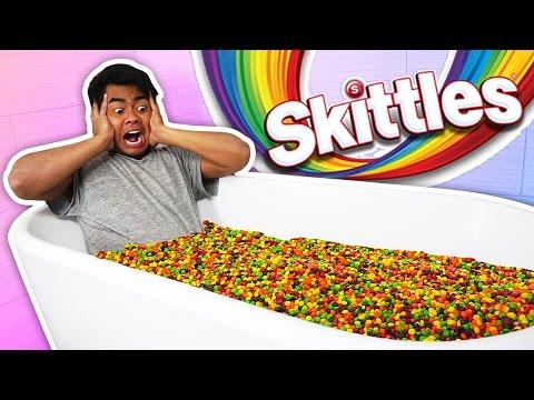 SKITTLES BATH CHALLENGE!