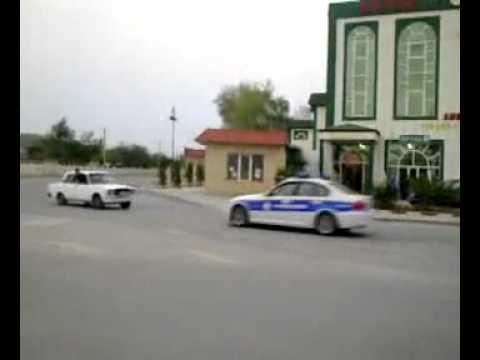 Ucar rayonu- Yol polisleri mawini tuta bilmir