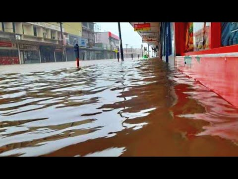 Destruction in Fiji: Tropical cyclone Ana hits Suva. Flooding in Fiji and strong winds #TCAna