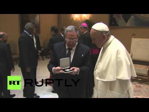 Vatican City: Pope Francis hosts Raul Castro for historic meeting
