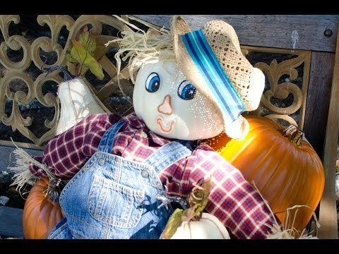 DIY: The Easiest Fall Scarecrow (Featuring Dads Who Diaper!)