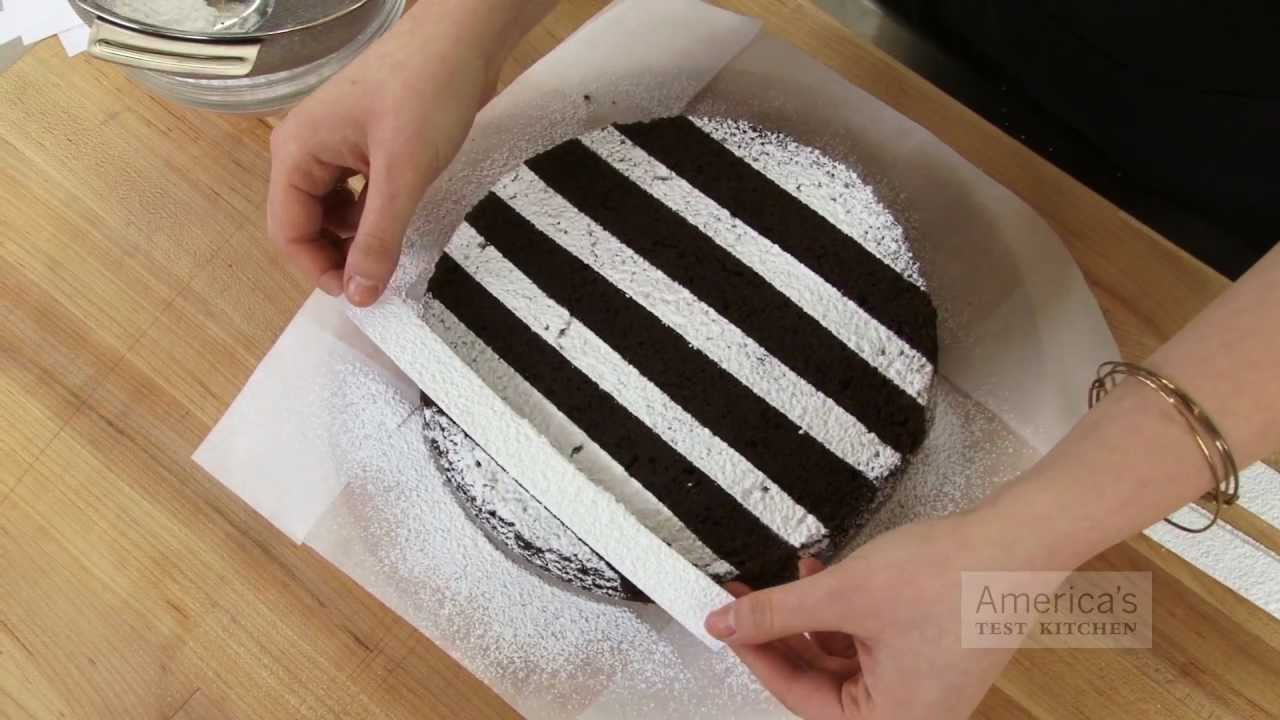 super quick video tips easiest ways to decorate a cake with powdered sugar youtube - How To Decorate A Cake