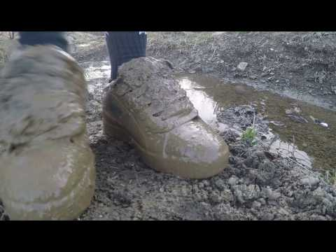 Black DC Court Graffik very muddy