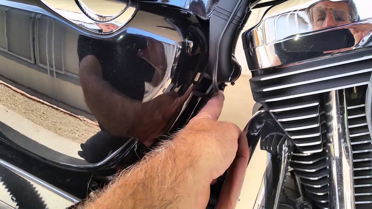maxresdefault wiring a 12 volt accessory plug on a harley sportster youtube  at bayanpartner.co
