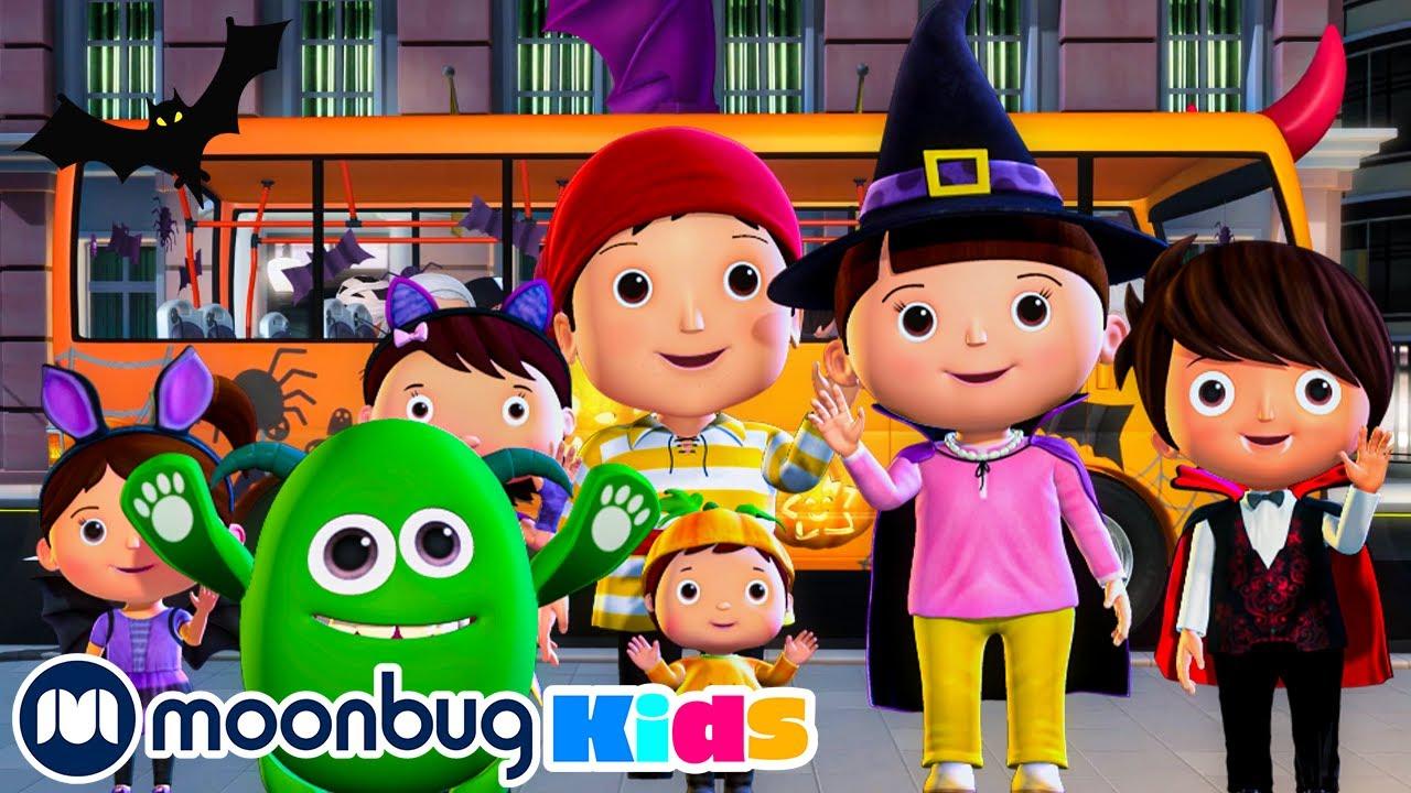 Halloween Wheels On The Bus Songs | Spooky Songs | Kids Cartoon | Nursery Rhymes | Moonbug Kids