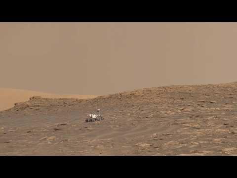 Curiosity climbs Vera Rubin Ridge