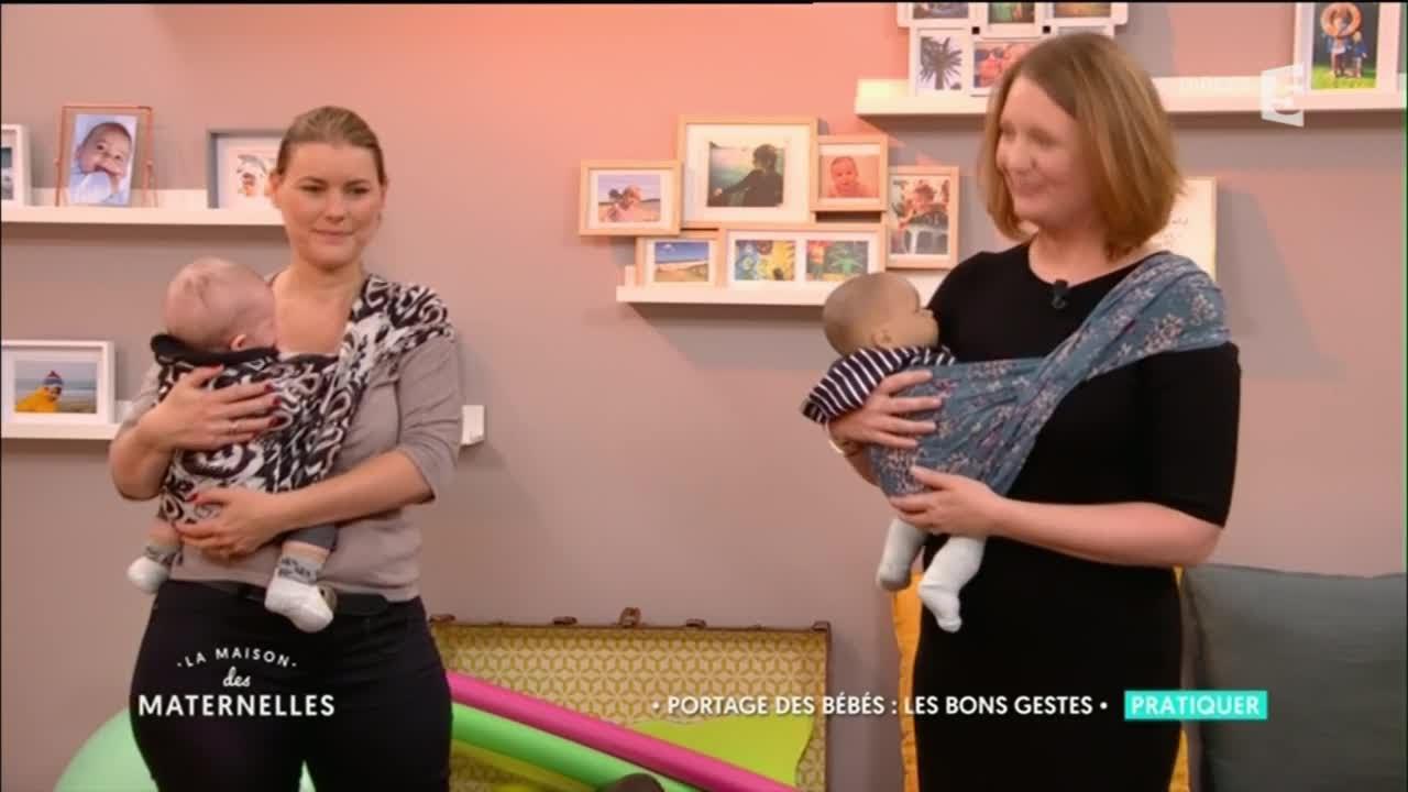 1bd581bf0ad7 Portage des bébés   les bons gestes - La Maison Des Maternelles - YouTube