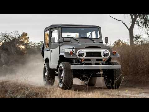 Watch Now | ICON FJ40 Old School Review | New tech, vintage aesthetic