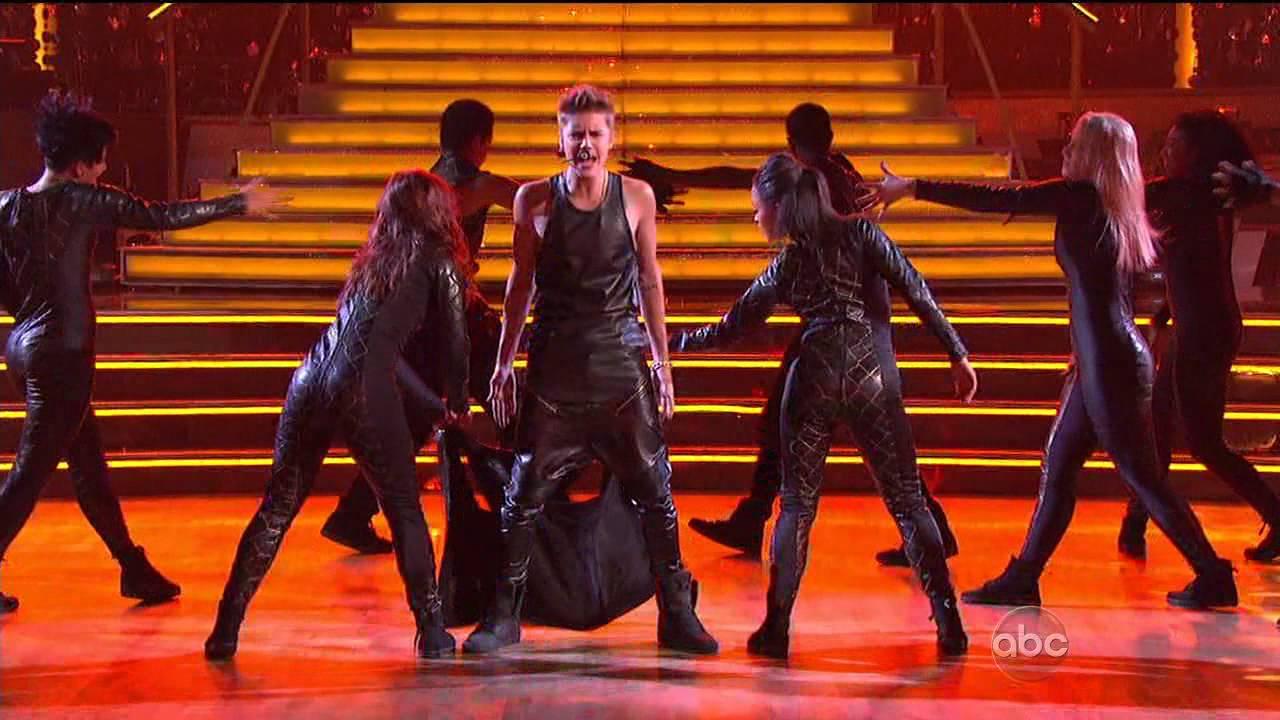 Justin Bieber Performs \