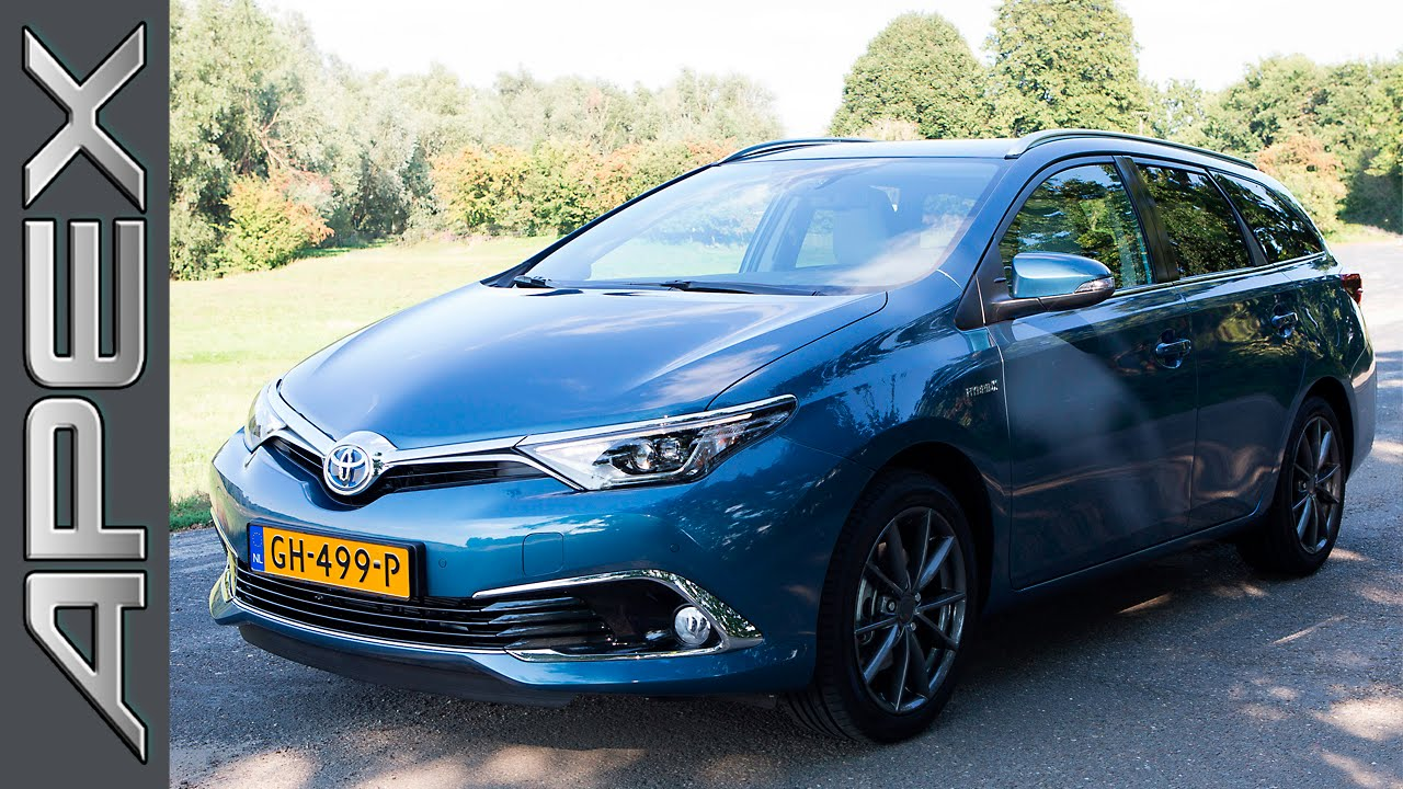 toyota auris touring sports 1 8 hybrid review 2015 youtube. Black Bedroom Furniture Sets. Home Design Ideas
