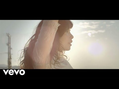 preview Indila - S.O.S from youtube