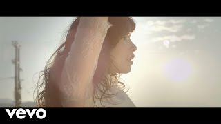 Repeat youtube video Indila - S.O.S
