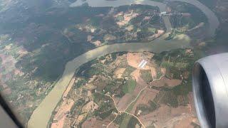 Hạ cánh xuống sân bay Buôn Ma Thuột, Dak Lak - Kho Tư liệu Xây dựng