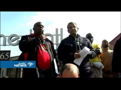 NUM members march to the Anglogold Ashanti Headquarters