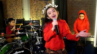 Lukisan Indonesia - Naura ( cover ) by Kids Project