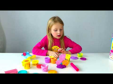 Play Doh Little Pony Cup Cake - Alicia PRANK  papa