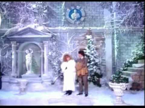 Алла Пугачева и Максим Галкин - Холодно
