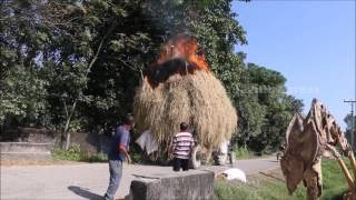 Tractor Fail - Electric wire get fire the Tractor