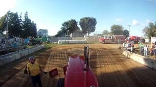 IH 1456 Hot Farm Caledonia, Mn 1st Class 2012(Dads pull for a 4th place finish., 2012-09-08T22:49:55.000Z)