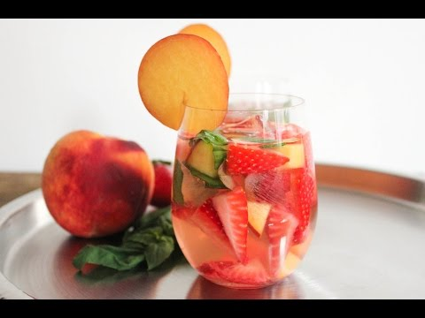rose-sangria-with-strawberries,-peaches-and-basil