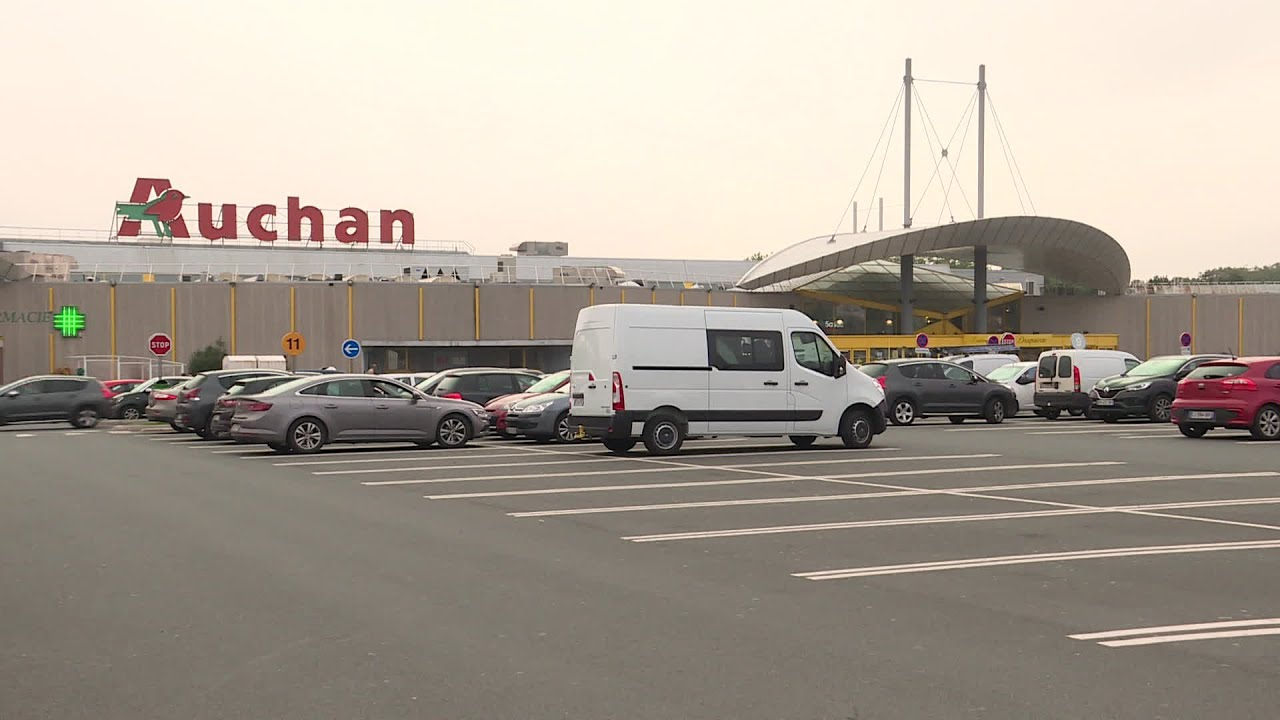 Suppressions De Postes Chez Auchan Les Reactions A Dieppe