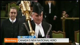 Ottowa Shooting: Canada's New Hero Kevin Vickers Gets a Standing Ovation in Parliament