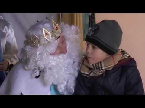 Los Reyes Magos de Oriente visitan el barrio del Lucero