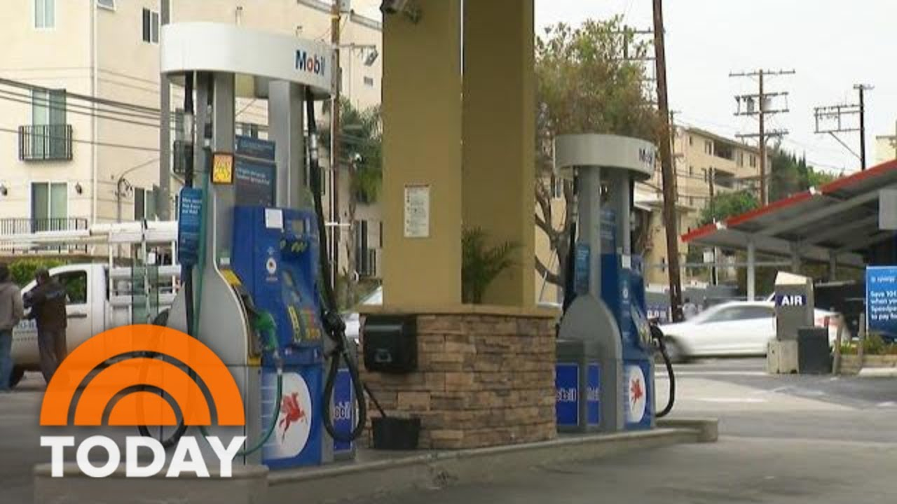 how-to-save-money-on-gas-over-memorial-day-weekend-today