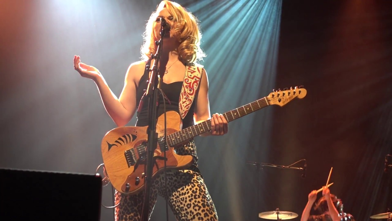 Samantha fish black wind howlin 39 live l arcadium annecy for Samantha fish chills and fever