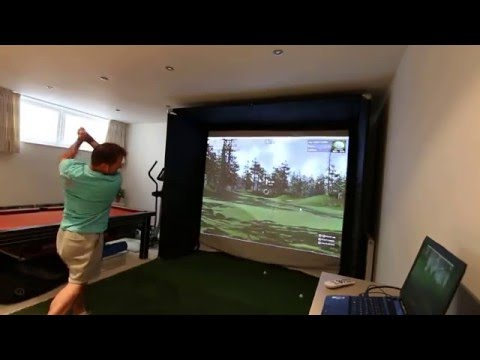 skytrak-home-golf-simulator-with-the-golf-club-software.