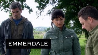 Emmerdale - Moira, Matty and Cain Visit Holly's Grave on the Anniversary of Her Death