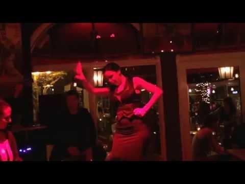 """Tapas y Tintos """"El Rincón del Flamenco"""" live flamenco show"""