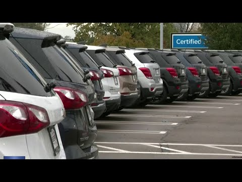 GM offering buyouts to salaried workers