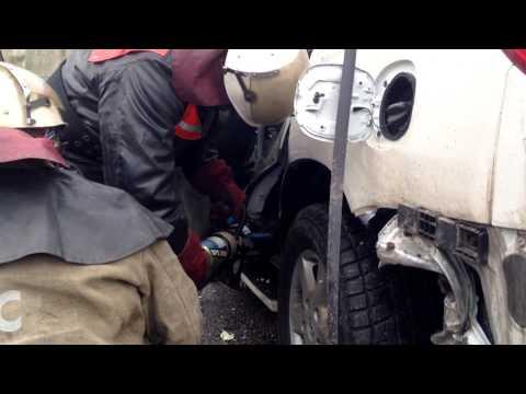 Видео с места аварии, в которой погиб лидер группы 'Скрябин' Андрей Кузьменко