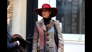 Parisian Chic for over 40, Winter Style. Inspirational French street style looks.