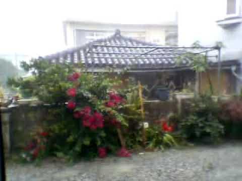 30数年ぶり4月直撃台風!2003年4月台風2号の石垣島