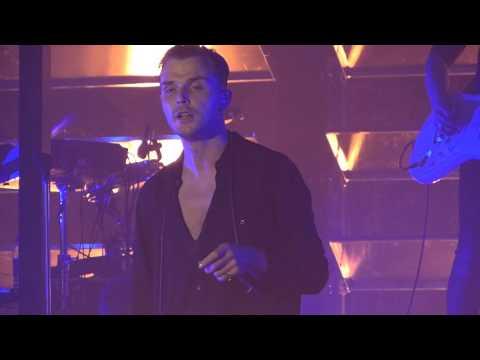 Hurts - Illuminated live Manchester Academy 12-02-16