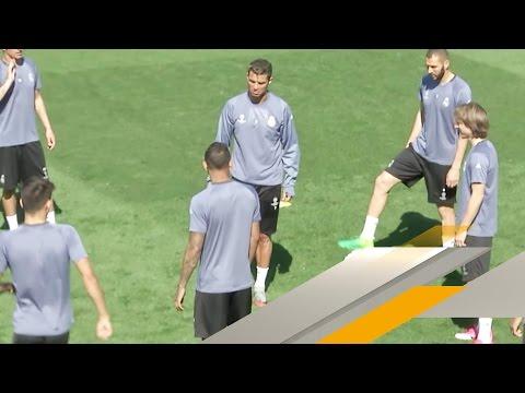 Handspiel! Cristiano Ronaldo beleidigt im Real-Rondo | SPORT1