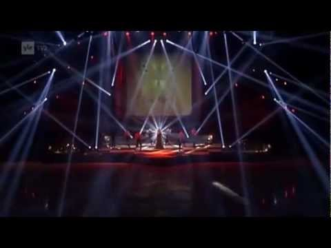 Leona Lewis - Art On Ice (Tour 2013)
