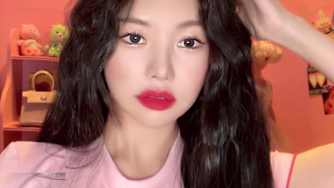 (With subs) 여름을 위한 블링블링 펄파티 메이크업✨💕✨ :: Bling bling party makeup for summer