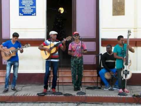 Cuba - music in square Baracoa
