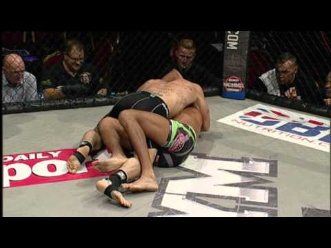 Andy Connor v Umer Kayani - UCMMA 45