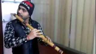 Tu hi mujhko bata de chahu main ya na flute.... Ashiqui-2